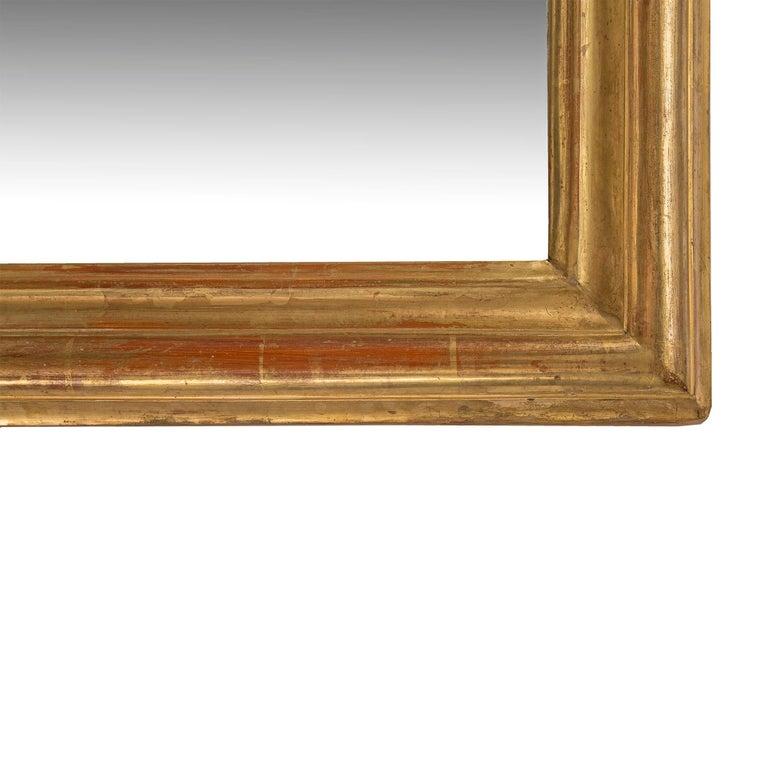 Pair of Elegant Italian 19th Century Horizontal Giltwood Mirrors For Sale 2