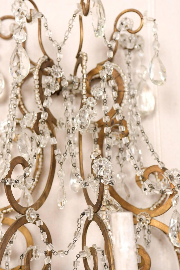 Pair of Elegant Italian Crystal and Gilded Metal Sconces, Mid-20th Century For Sale 5