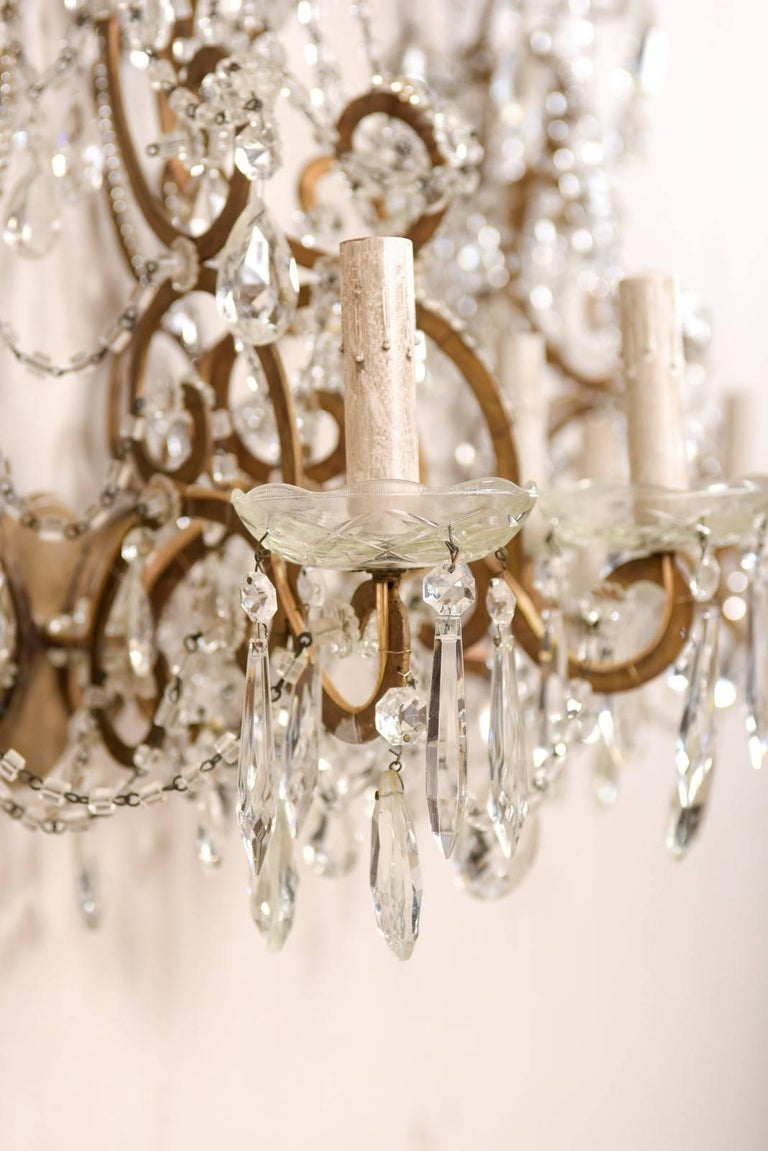 Pair of Elegant Italian Crystal and Gilded Metal Sconces, Mid-20th Century For Sale 3