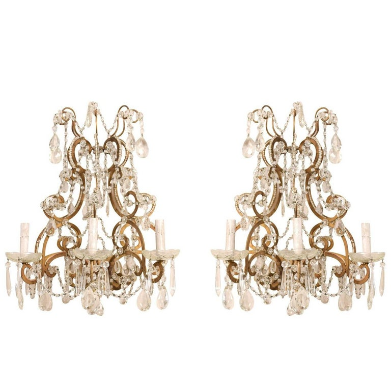 Pair of Elegant Italian Crystal and Gilded Metal Sconces, Mid-20th Century For Sale