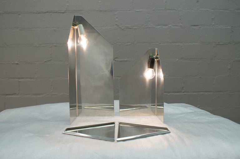 Pair of Elegant Mid-Century Modern Side Table Lamps, 1970s For Sale 3