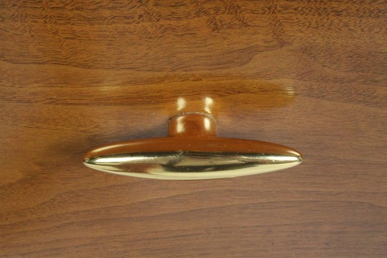 Plated Pair of Elegant T.H. Robsjohn-Gibbings Nightstands with 24K Gold Porcelain Knobs For Sale