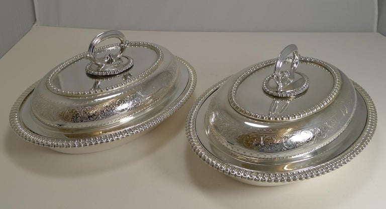 Late Victorian Pair of Elkington Silver Plated Entree/Serving Dishes, 1884 For Sale