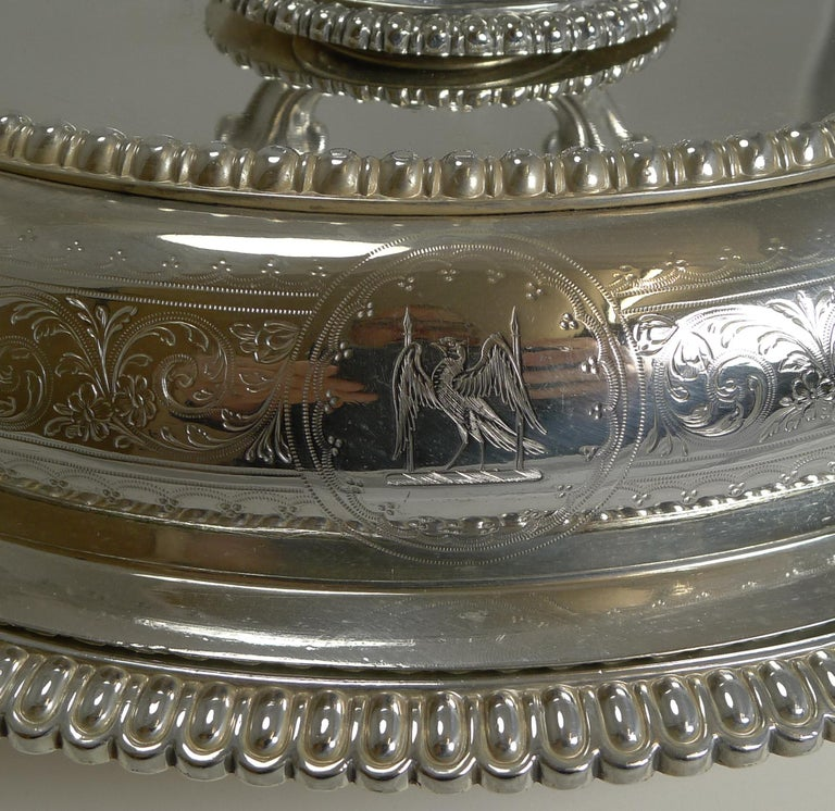 Late 19th Century Pair of Elkington Silver Plated Entree/Serving Dishes, 1884 For Sale