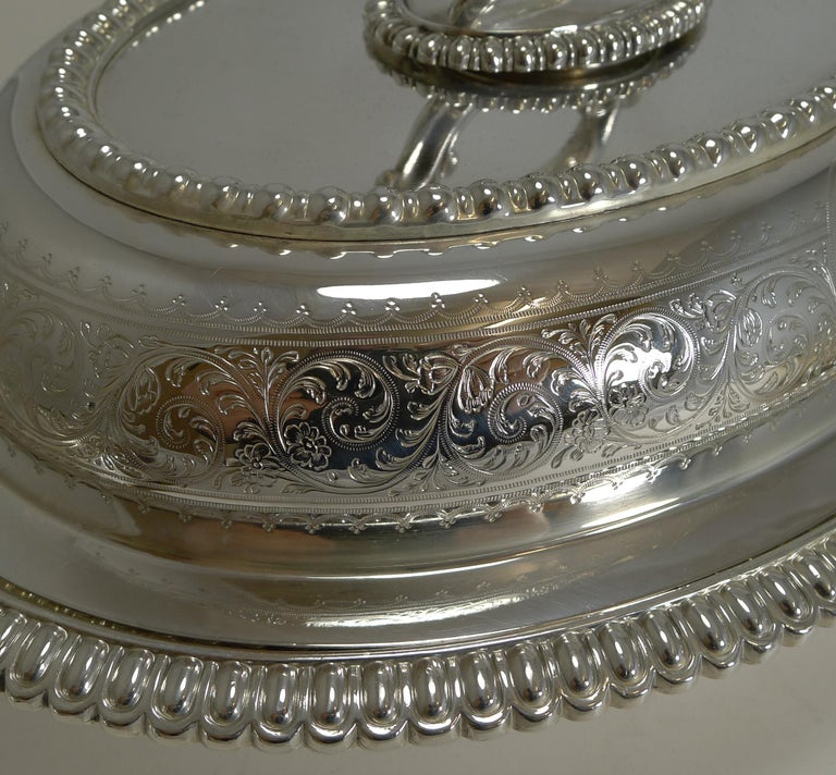 Pair of Elkington Silver Plated Entree/Serving Dishes, 1884 For Sale 3