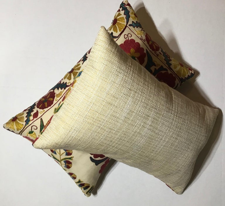 Pair of Embroidery Suzani Pillows For Sale 6