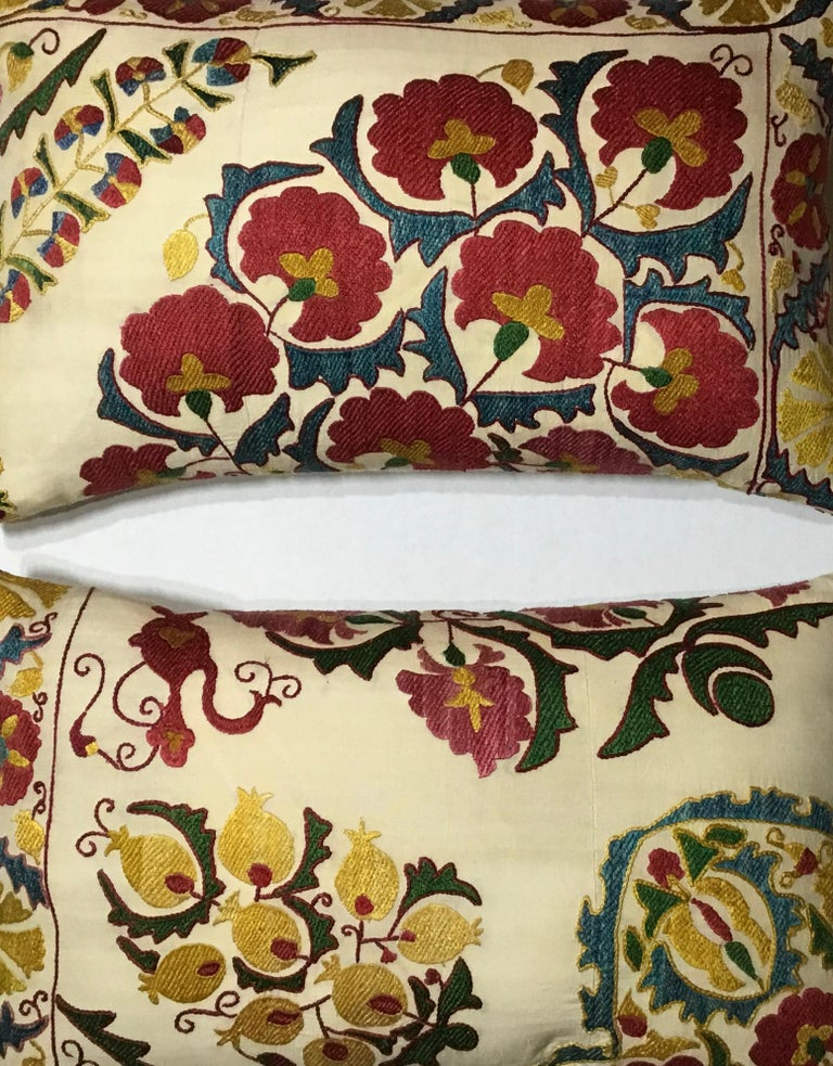 Pair of Embroidery Suzani Pillows For Sale 7