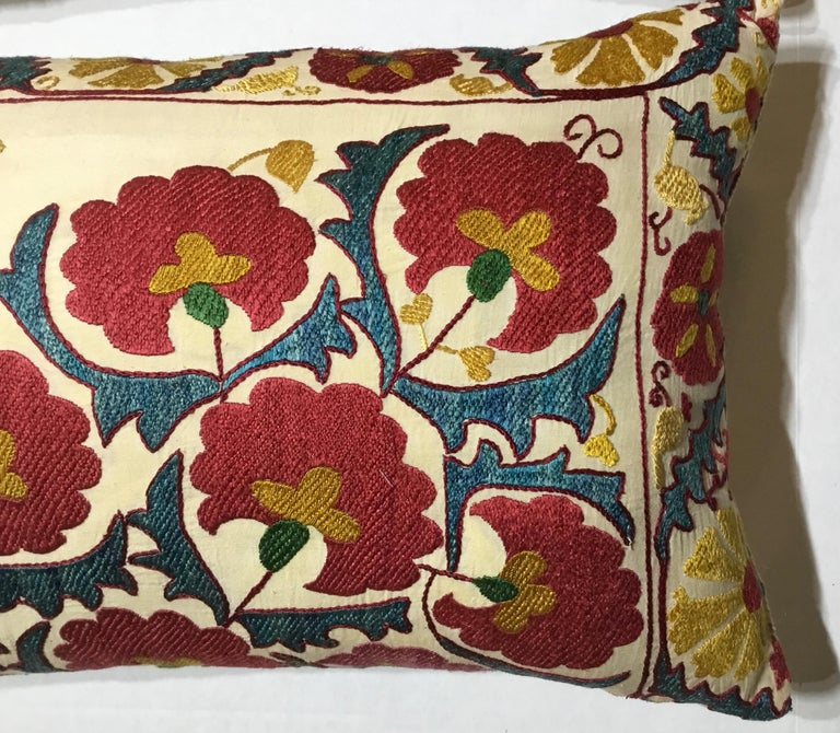 Uzbek Pair of Embroidery Suzani Pillows For Sale