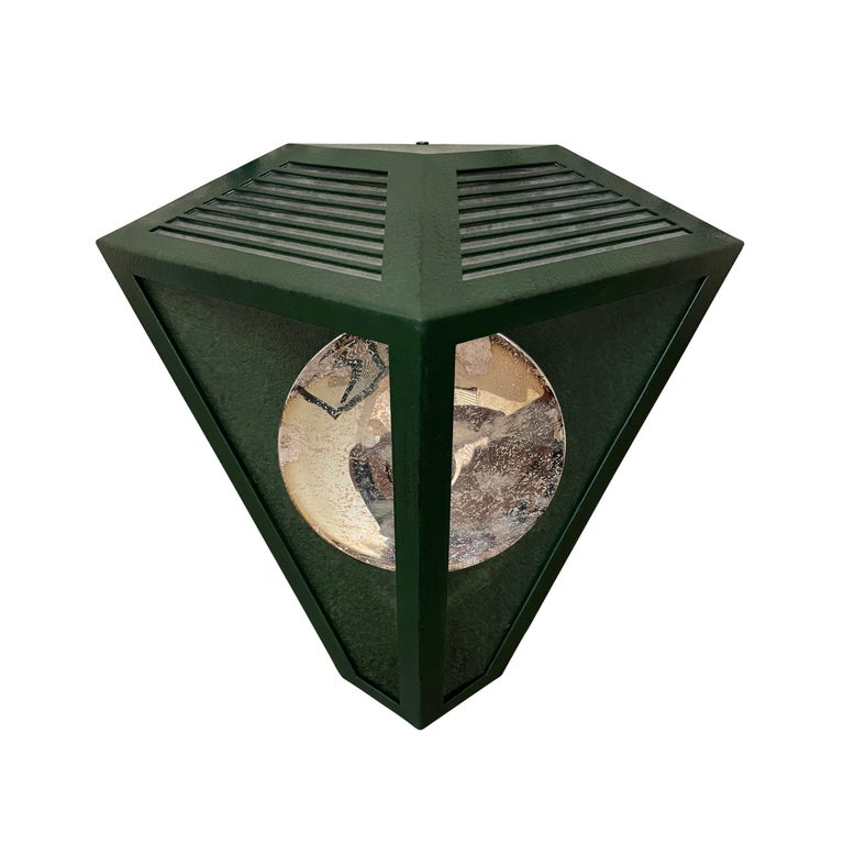 Pair of Emerald Green Wall Lanterns with Reflectors In Good Condition For Sale In Chicago, IL