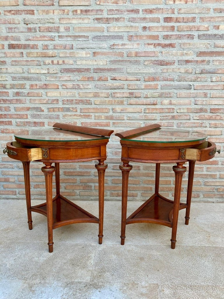 20th Century Pair of Empire Style Mahogany Wood Nightstands, 1930s For Sale