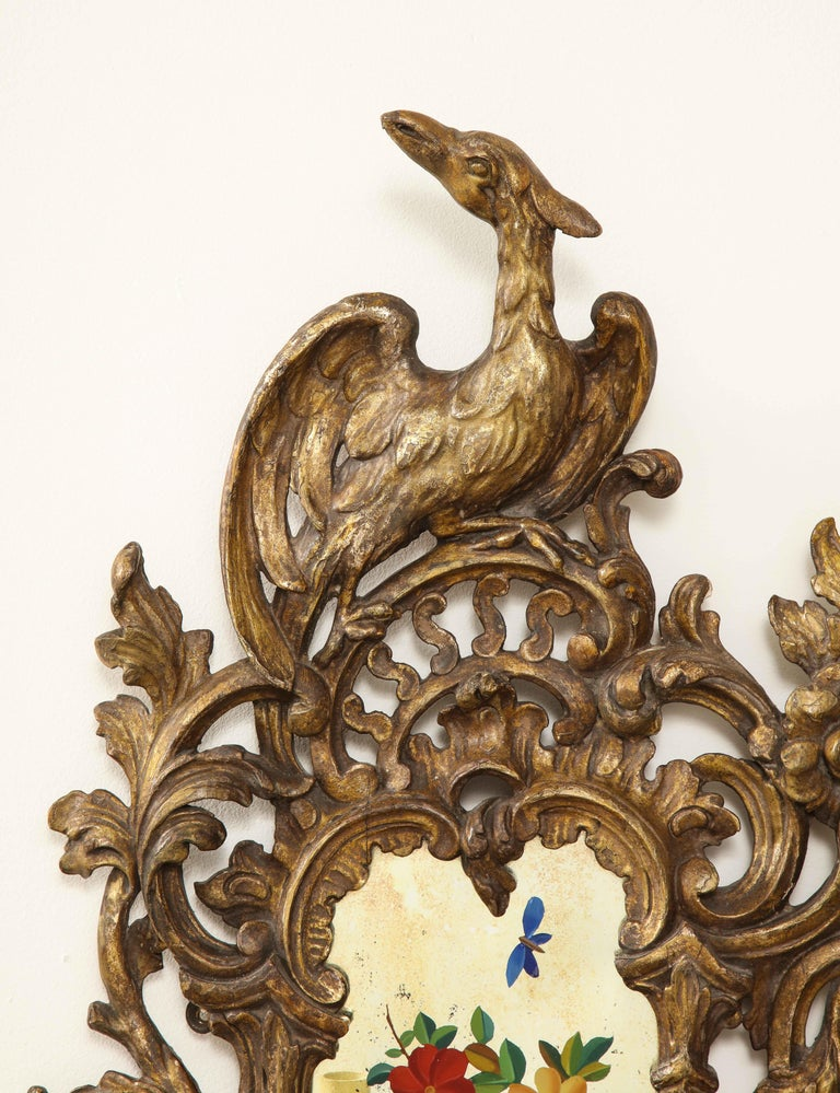 Pair of English Chinoiserie Painted Reverse on Glass Giltwood Mirrored Sconces For Sale 9