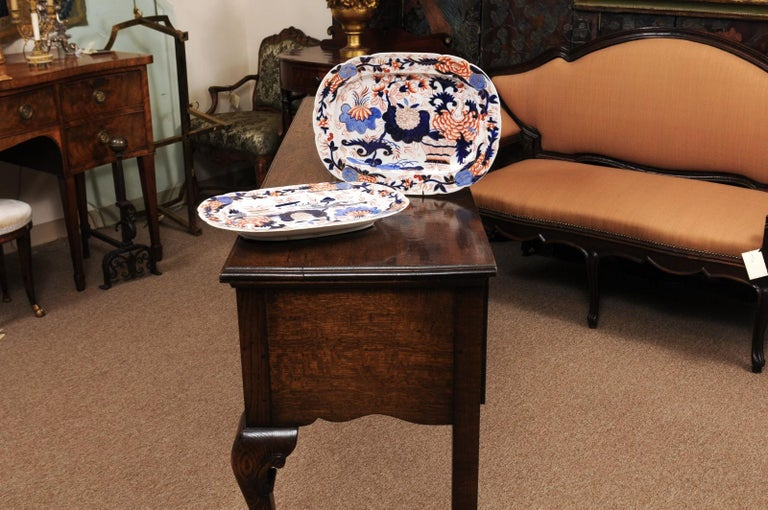 Pair of English Coalport Platters, circa 1840 For Sale 3