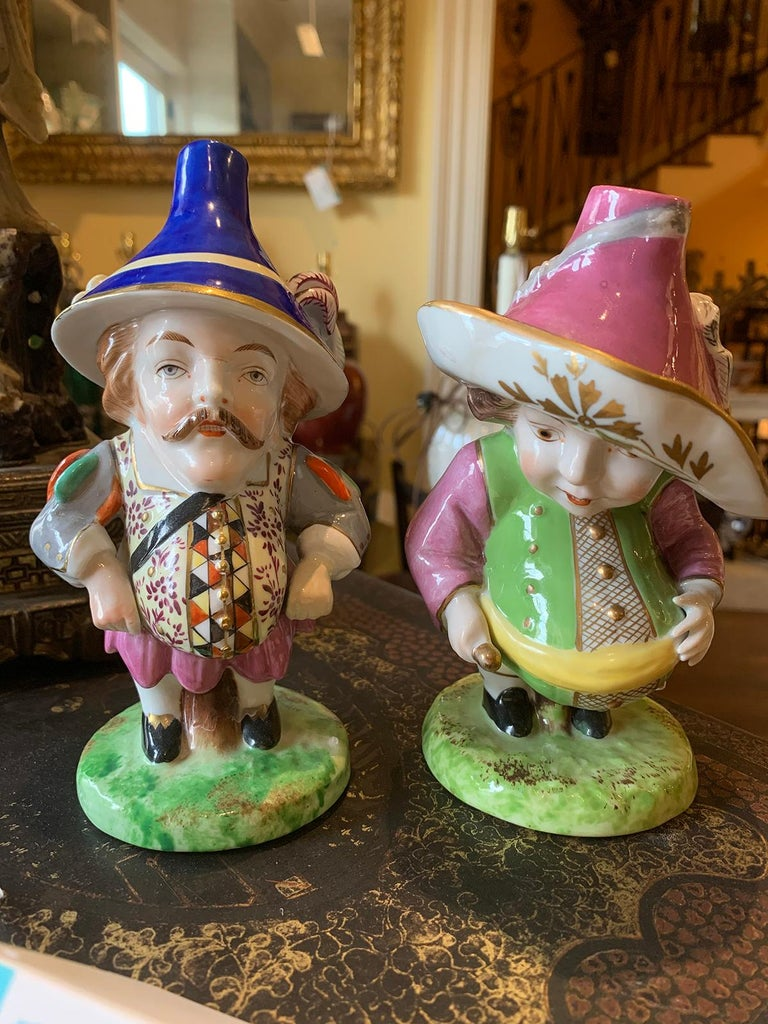 Pair of 19th-20th century English derby style porcelain Mansion House dwarfs, probably Edme Samson, marked U-22A and U-22B, Inspired by Jacques Callots Painting