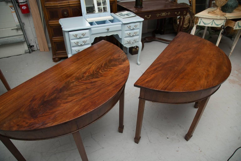 Pair of English Georgian Mahogany Demilune Console Tables For Sale 1