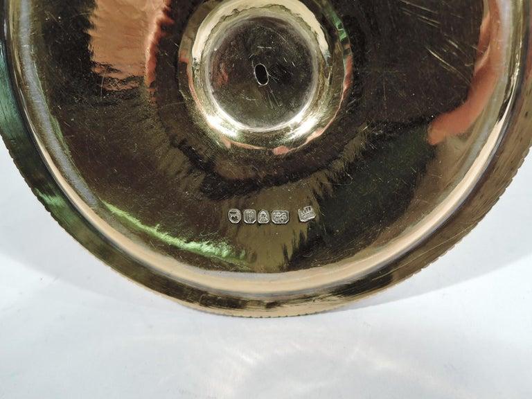 Pair of English Georgian Regency Silver Gilt Chambersticks For Sale 10