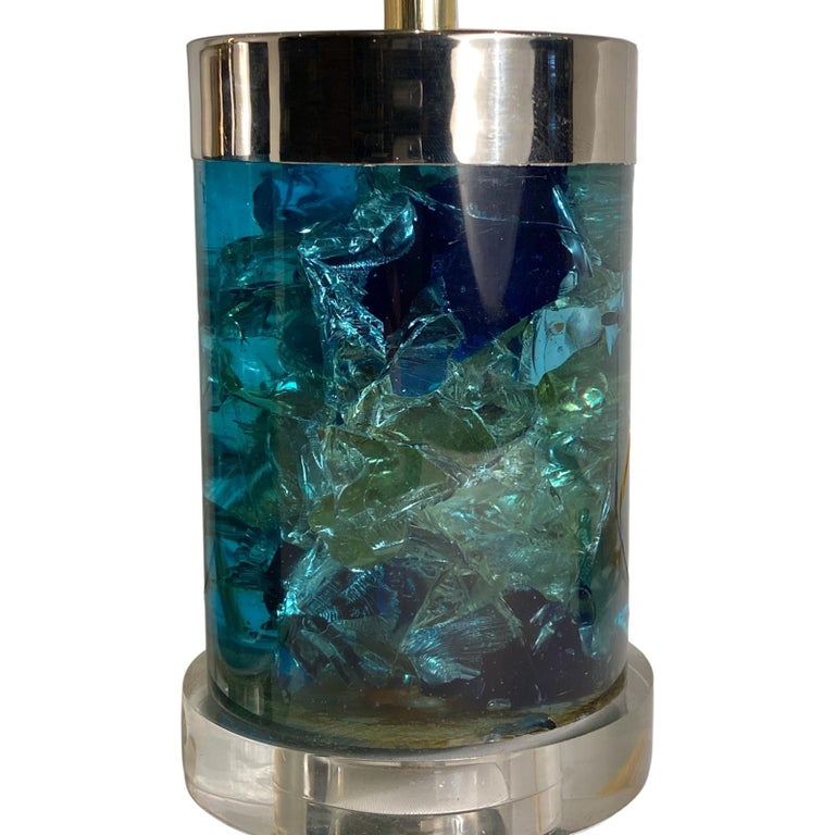 Mid-20th Century Pair of English Midcentury Blue Lucite Lamps For Sale