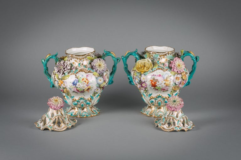 British Pair of English Porcelain Covered Two-Handled Vases, Coalbrookdale, circa 1835 For Sale