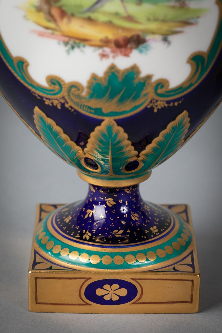 Early 20th Century Pair of English Porcelain Ewers, Royal Crown Derby, circa 1900 For Sale