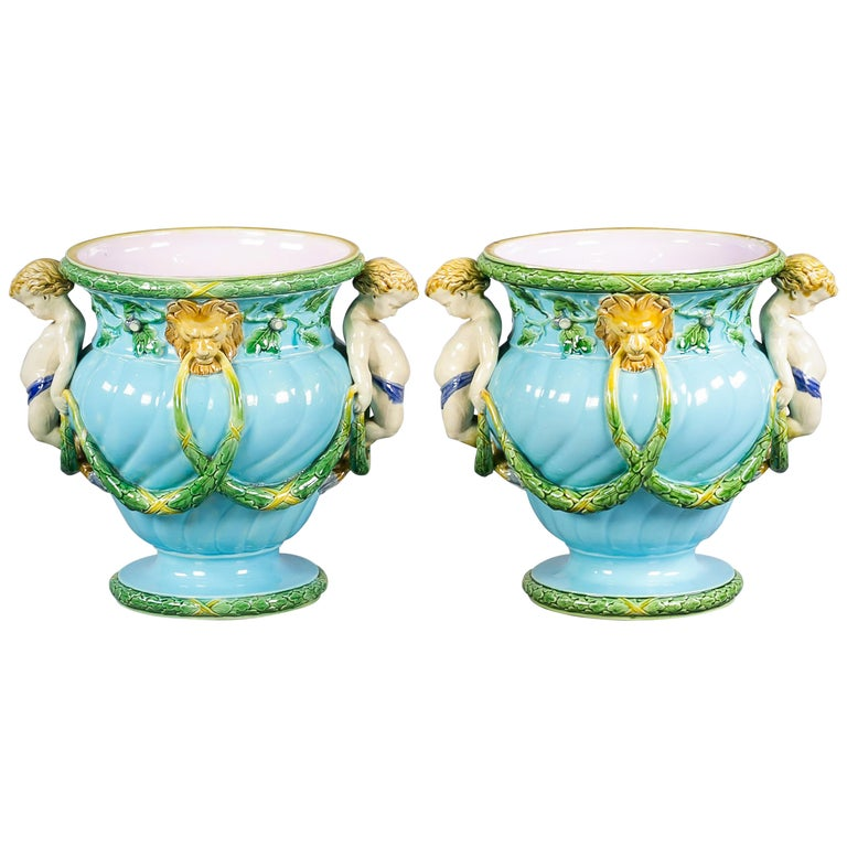 Pair of English Porcelain Minton Majolica Cachepots, circa 1880 For Sale