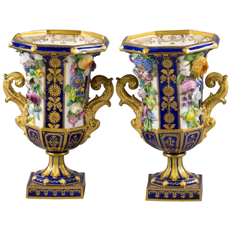 Pair of English Porcelain Two-Handled Vases, circa 1835 For Sale