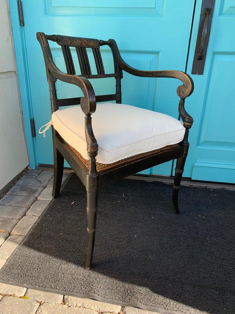 Pair of English Regency armchairs, circa 1815-1830. 21.5