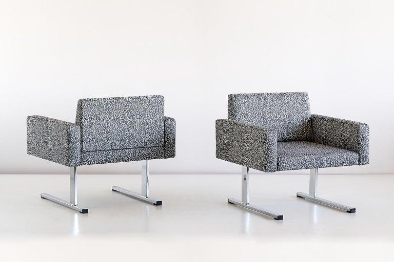 Pair of Esko Pajamies Lounge Chairs in Raf Simons Fabric, Merva Finland, 1960s For Sale 4