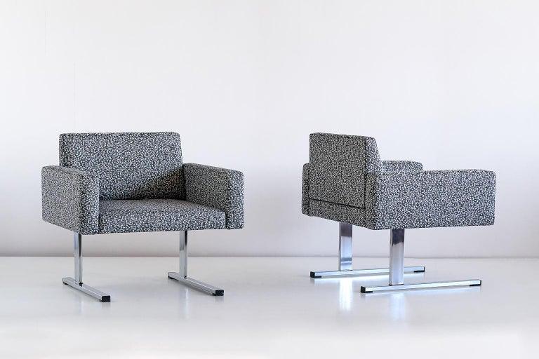 Pair of Esko Pajamies Lounge Chairs in Raf Simons Fabric, Merva Finland, 1960s For Sale 5