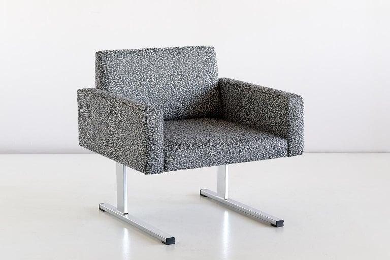 Scandinavian Modern Pair of Esko Pajamies Lounge Chairs in Raf Simons Fabric, Merva Finland, 1960s For Sale