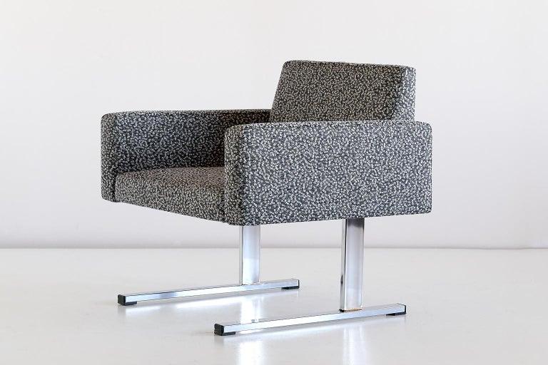 Pair of Esko Pajamies Lounge Chairs in Raf Simons Fabric, Merva Finland, 1960s For Sale 1