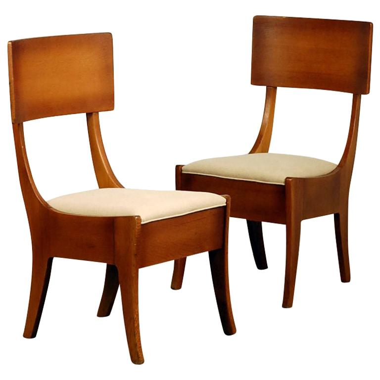 Pair of Exceptional Arts & Crafts Oak Klismos Chairs