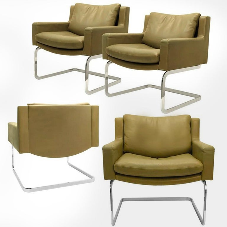 Pair of Executive Armchairs and Hocker by Robert Haussmann for the Sede For Sale 8