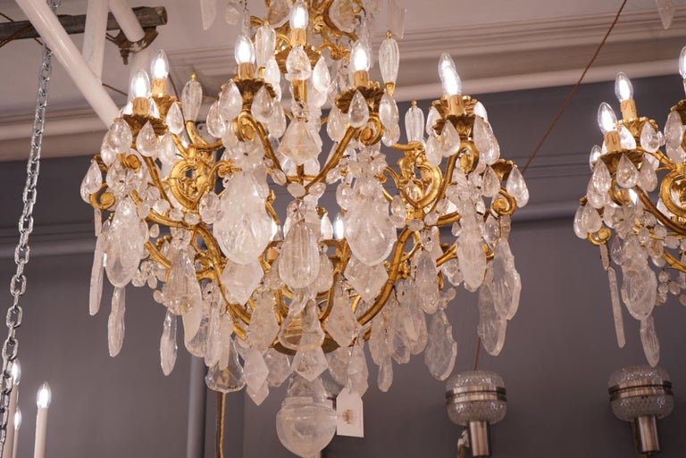 Pair of Exquisite French Rock Crystal Cherub Chandeliers In Excellent Condition For Sale In London, GB