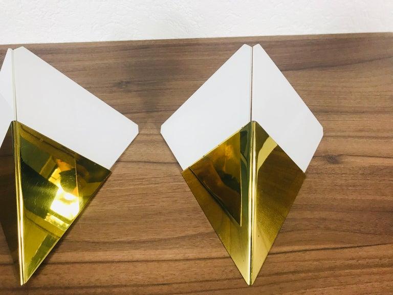 German Pair of Extraordinarry Triangle Ice Glass Sconces by Kalmar, Austria, 1960s For Sale