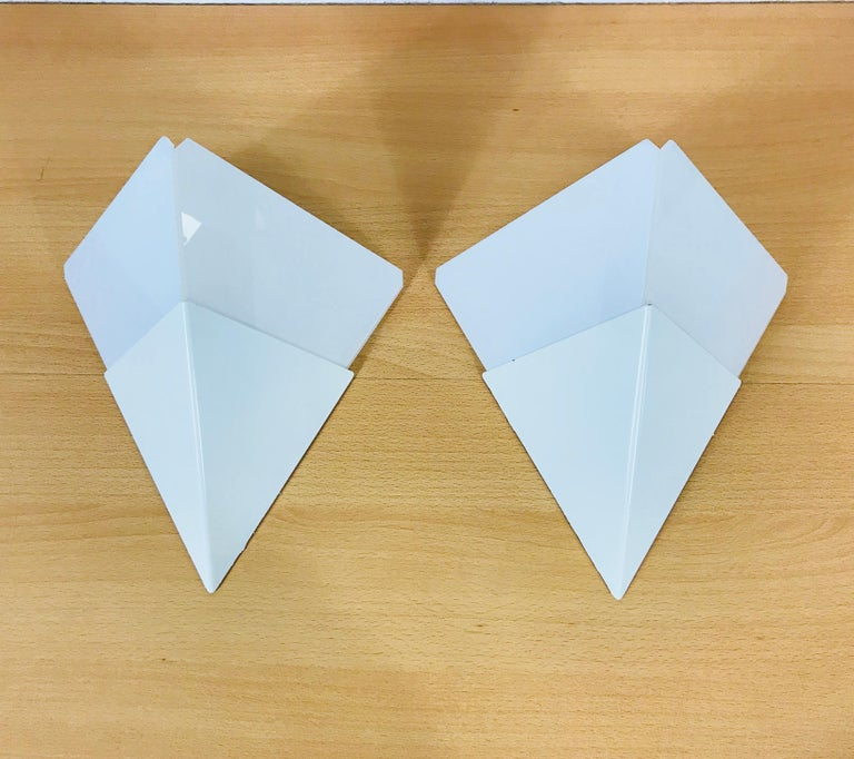Pair of Extraordinarry Triangle Ice Glass Sconces by Kalmar, Austria, 1960s In Excellent Condition For Sale In Mainz, Rhineland-Palatinate