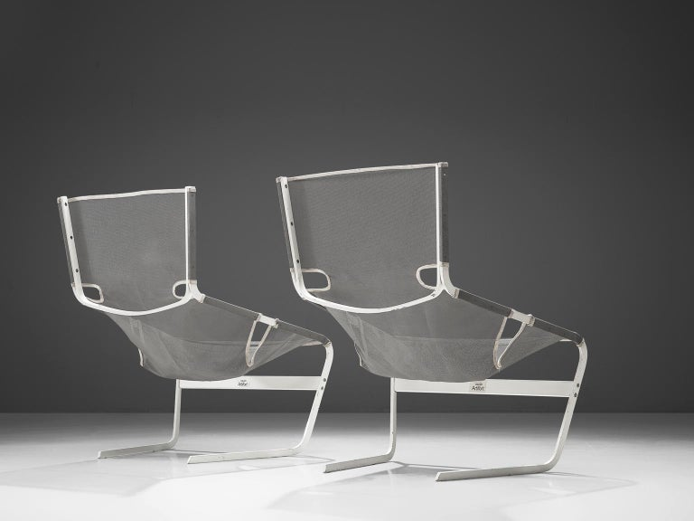 Mid-Century Modern Pair of F-444 Lounge Chairs by Pierre Paulin for Artifort For Sale