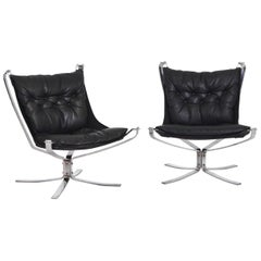 Pair of Falcon Chairs by Vatne Møbler in Sweden, Mid-20th Century