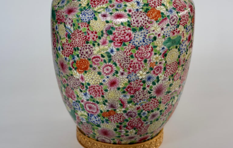 Pair of Familie Rose Porcelain Lamps In Excellent Condition For Sale In New York, NY
