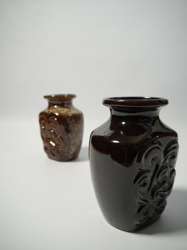 Mid-Century Modern Pair of Fat Lava German Pottery Vases by Strehla, East Germany, 1960s For Sale