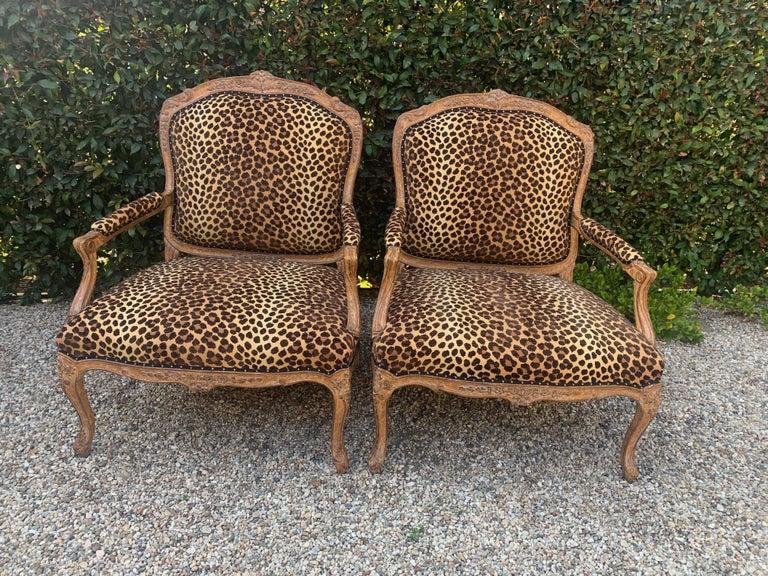 Pair of Fauteuils a La Reine For Sale 5