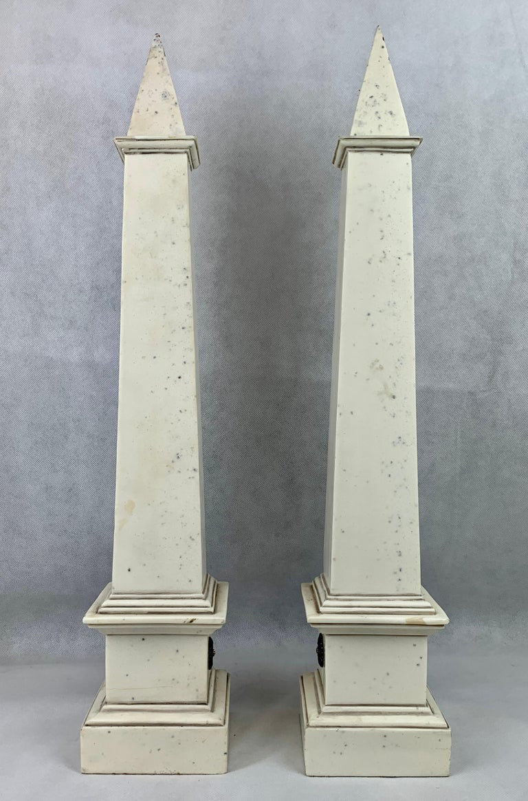 Neoclassical Revival Pair of Faux Ivoire Neoclassical Obelisks For Sale