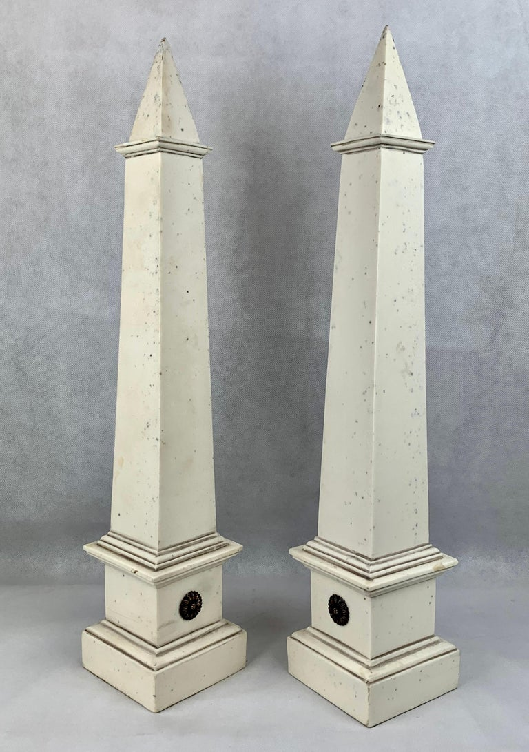 Lacquer Pair of Faux Ivoire Neoclassical Obelisks For Sale