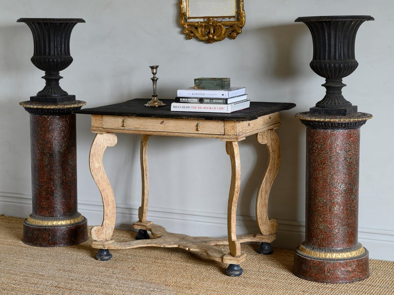 19th Century Pair of Faux Porphyry and Parcel-Gilt Pedestals For Sale