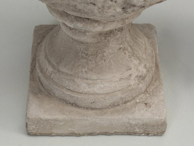Pair of Faux Stone Lamps in the Form of an Artichoke For Sale 5