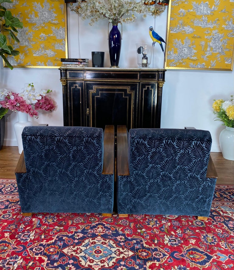 Mid-20th Century Pair of Fench Art Deco Club Chairs, Blue Velvet Nobilis, France, circa 1930s For Sale