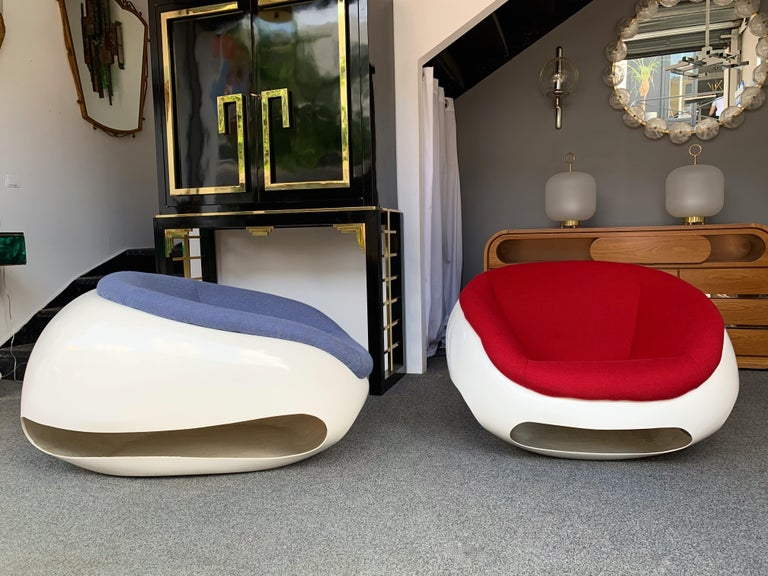 Italian Pair of Fiberglass POD Armchairs by Mario Sabot, Italy, 1970s For Sale