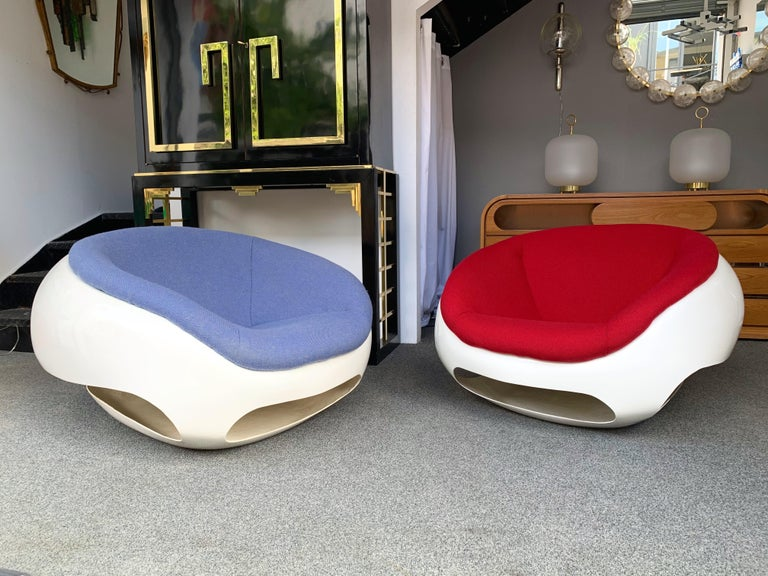 Late 20th Century Pair of Fiberglass POD Armchairs by Mario Sabot, Italy, 1970s For Sale