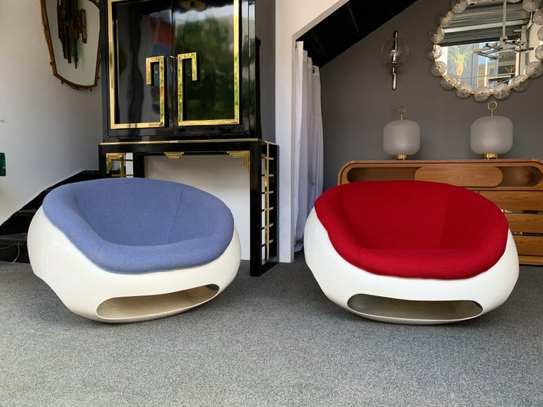 Pair of Fiberglass POD Armchairs by Mario Sabot, Italy, 1970s For Sale 2