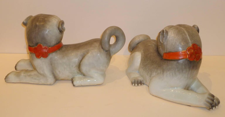 Asian Pair of Fine Lively Modeled Porcelain Dogs For Sale