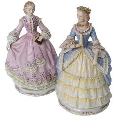 Pair of antique porcelain ladies made in Sitzendorf (Germany) from the 19th cent