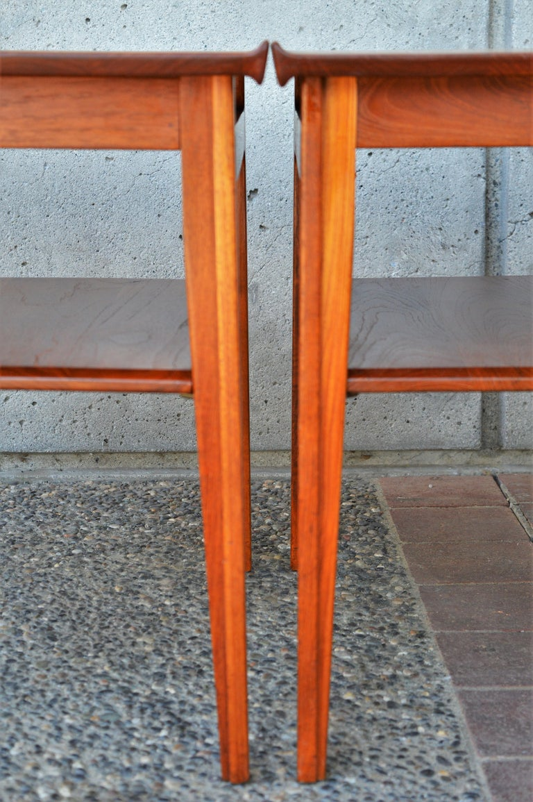 Danish Pair of Finn Juhl Solid Teak Side Tables with Shelves Model 535 for France & Son For Sale